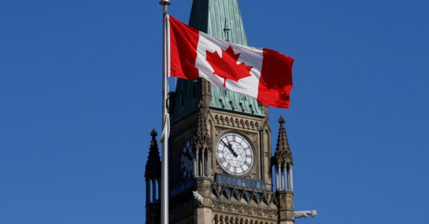 430,000 activity posts mendacity vacant in Canada companies